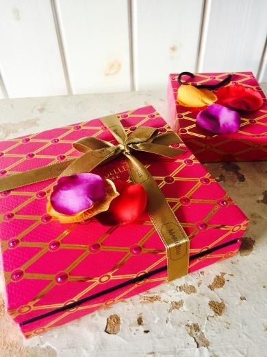 マリベル 100ピースのレッドBOXは最高のバレンタインの贈り物だ!_f0215324_13081659.jpeg
