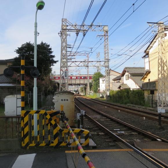 伏見で電車を撮りました。まぁ出来栄えはいつも通りのアレですわ。 京都市伏見区_c0001670_20052510.jpg