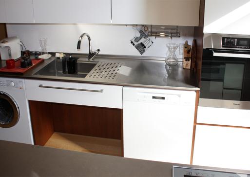 主婦の動線を大切にしたオーダーキッチンです。_a0155290_12164406.jpg