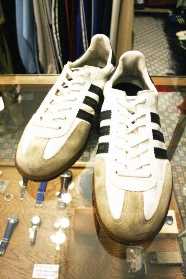 寒ぃーよ!!家から出るのつらいよ!!男はつらいよ!! 入荷adidas 70~80s vintage スニーカー_f0180307_01112266.jpg