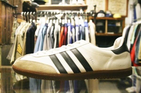 寒ぃーよ!!家から出るのつらいよ!!男はつらいよ!! 入荷adidas 70~80s vintage スニーカー_f0180307_01115233.jpg