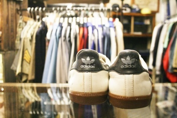 寒ぃーよ!!家から出るのつらいよ!!男はつらいよ!! 入荷adidas 70~80s vintage スニーカー_f0180307_01115347.jpg