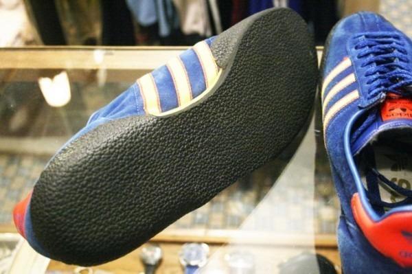 寒ぃーよ!!家から出るのつらいよ!!男はつらいよ!! 入荷adidas 70~80s vintage スニーカー_f0180307_01144758.jpg