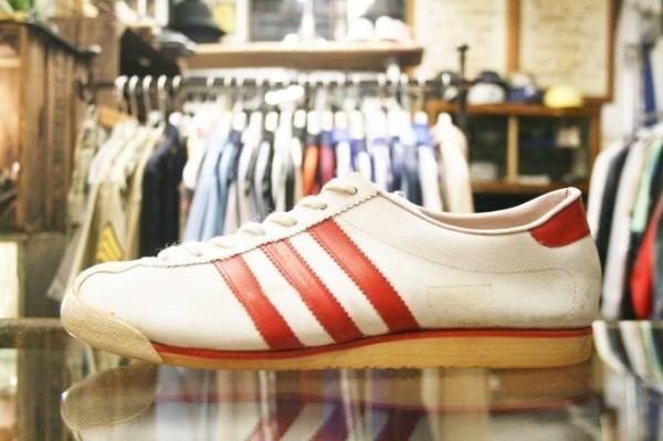 寒ぃーよ!!家から出るのつらいよ!!男はつらいよ!! 入荷adidas 70~80s vintage スニーカー_f0180307_01171568.jpg