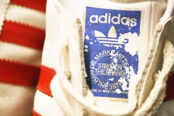 寒ぃーよ!!家から出るのつらいよ!!男はつらいよ!! 入荷adidas 70~80s vintage スニーカー_f0180307_01171765.jpg