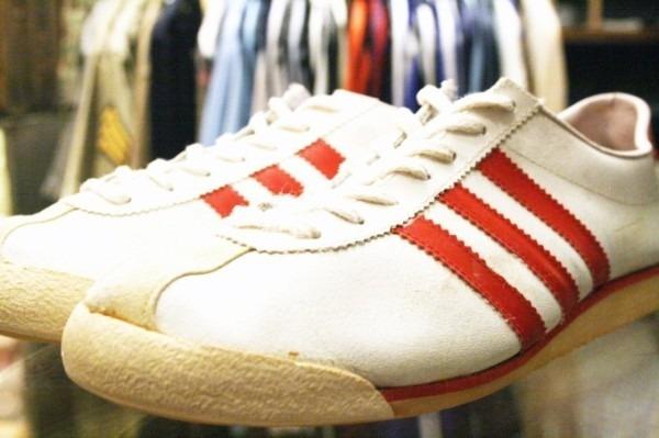 寒ぃーよ!!家から出るのつらいよ!!男はつらいよ!! 入荷adidas 70~80s vintage スニーカー_f0180307_01171919.jpg