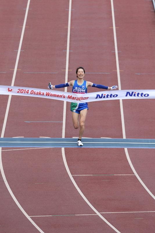 今日は家で観戦かなぁ? 第37回 大阪国際女子マラソン_c0272958_23501167.jpg