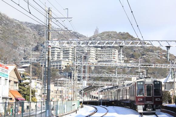 雪景色の阪急箕面線 8040系 8040F_d0202264_11162221.jpg