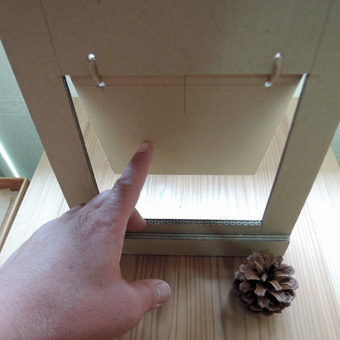 北鎌倉の家の猫の出入り口・その1_c0195909_13331296.jpg