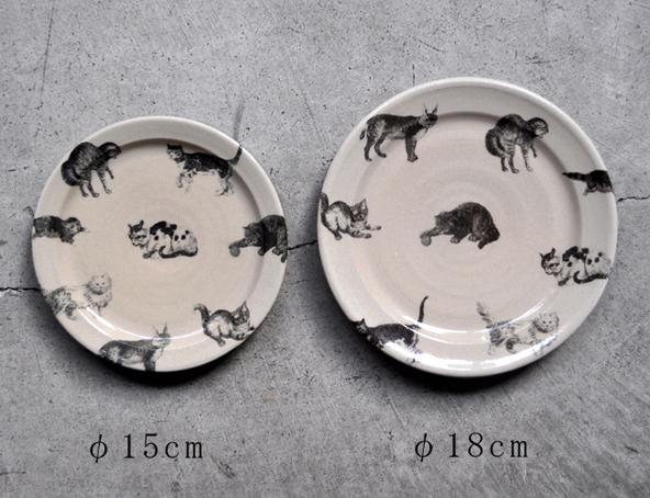 猫のプレート皿(φ18cm)再入荷のお知らせ / 比留間郁美_d0193211_1832769.jpg