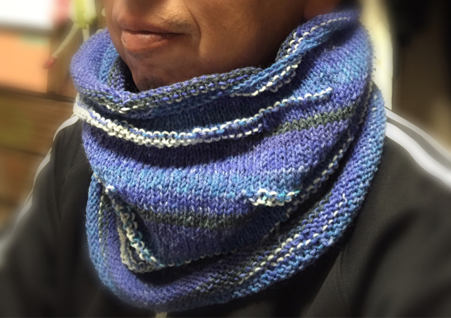 オパールの毛糸玉で編んだネックウォーマー☆_f0183846_13391259.jpg