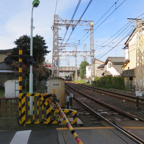 伏見で電車を撮りました。まぁ出来栄えはいつも通りのアレですわ。 京都市伏見区_c0001670_17182716.jpg