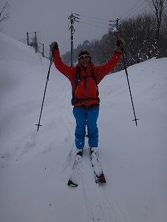荘川の火山1379m新雪滑降_e0064783_21124170.jpg
