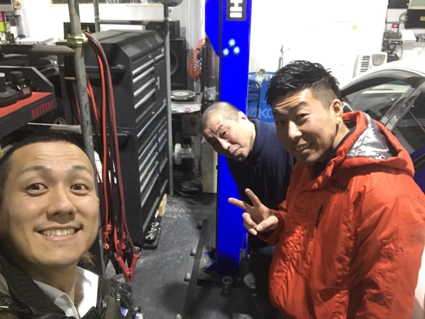1月29日(月)トミーベース カスタムブログ☆新型ヴェルファイア LS460ご成約☆A様BMW納車☆_b0127002_11410703.jpg