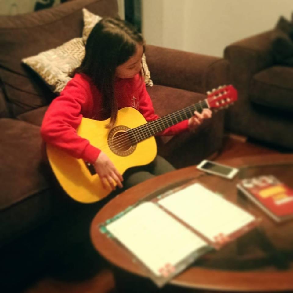 ギターの練習_b0167736_06420885.jpg