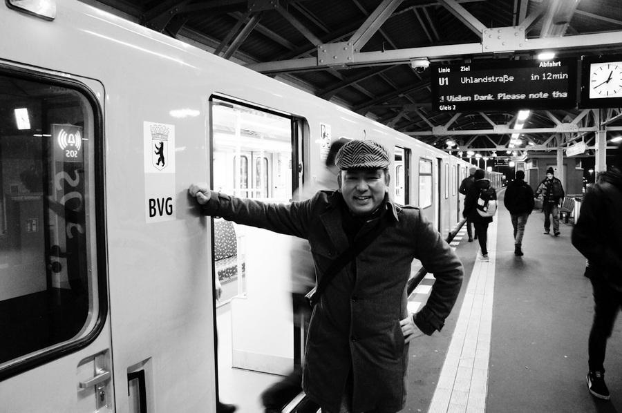 ワルシャワ通り駅からメトロに乗って。_c0180686_23362536.jpg