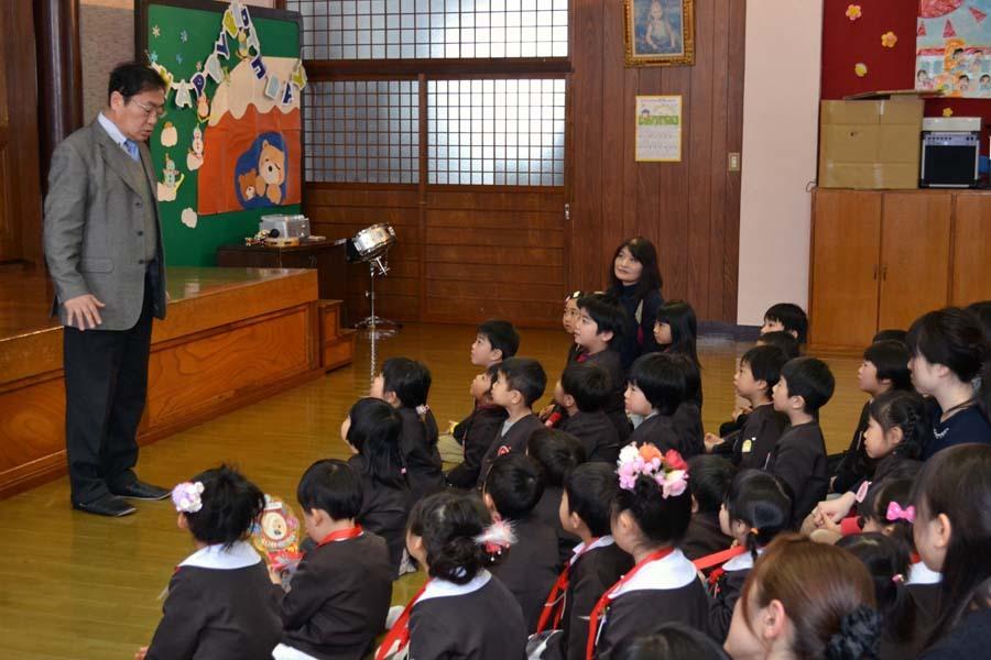 第一幼稚園 12月・1月生まれ お誕生会_d0353789_15004700.jpg