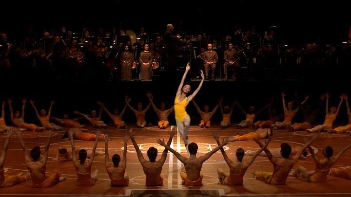 ダンシング・ベートーヴェン (アランチャ・アギーレ監督 / 原題 : Beethoven par Bejart)_e0345320_22425357.jpg