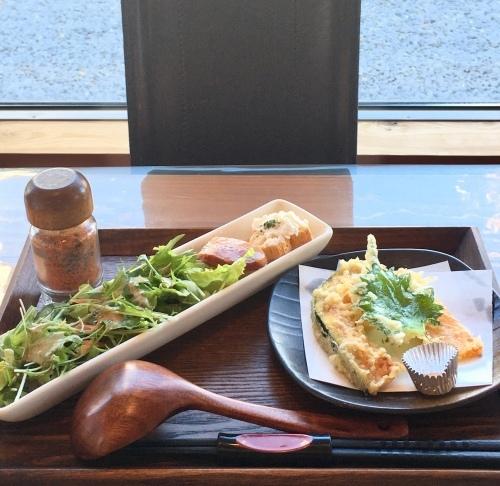 熊谷市の soba de caf'e とら吉さんでランチ_c0366722_15232833.jpeg