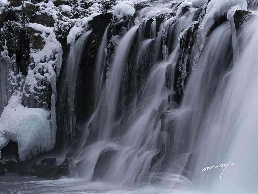 冬の滝_c0085877_06422545.jpg