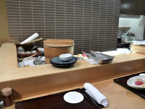 高円寺「鮨 波やし」へ行く。_f0232060_1102732.jpg