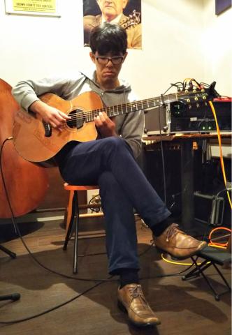 1月27日(土)ソロギターリストの集い_d0225380_00383675.jpg