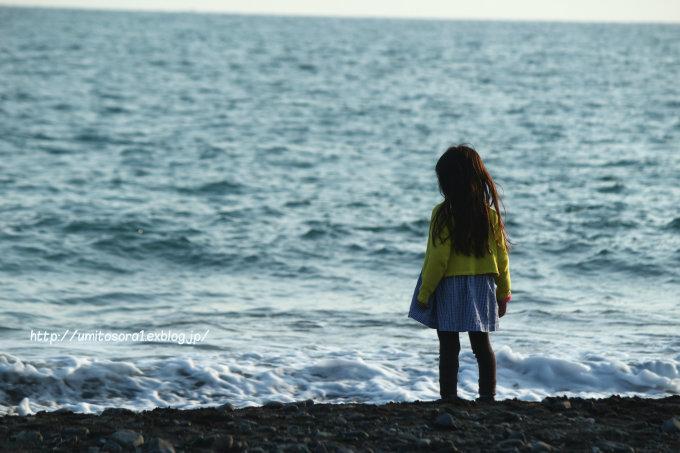 海と子ども_b0324291_00550292.jpg