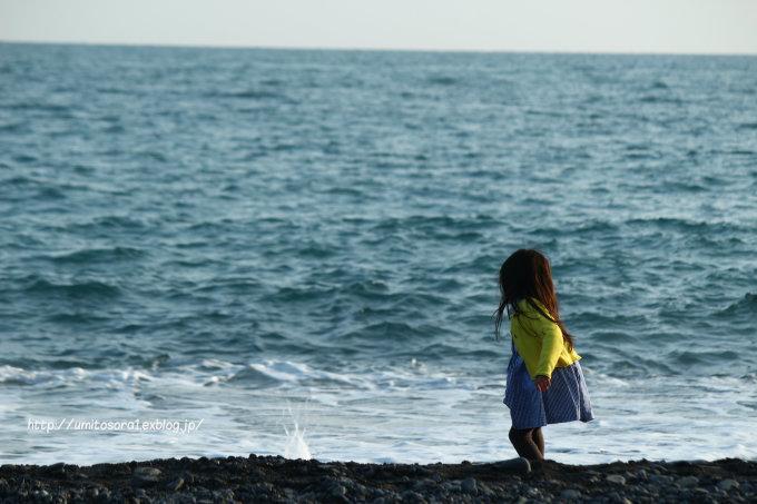 海と子ども_b0324291_00550445.jpg