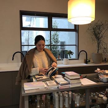 高崎の美容室cafuneさんに本を納品しました。_e0200305_06450224.jpg