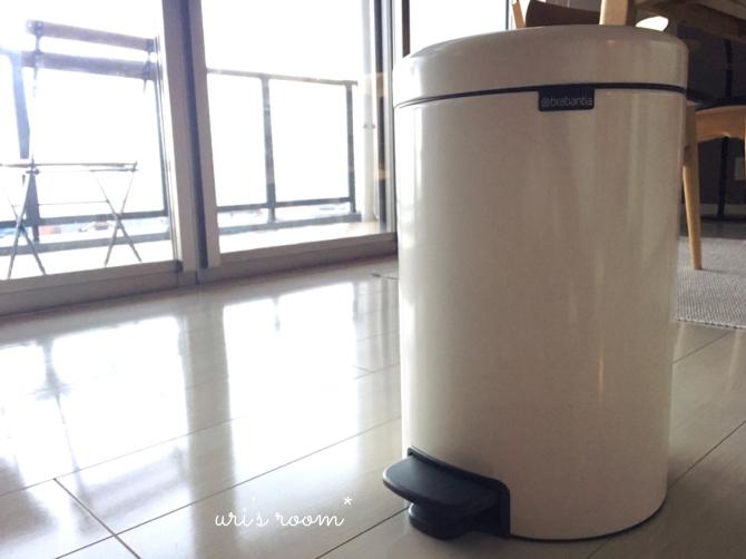 子供部屋に置いた新しいゴミ箱。そして明日からのお買い物マラソンのポチ予定は〜(´∀`)_a0341288_17084895.jpg