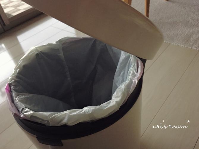 子供部屋に置いた新しいゴミ箱。そして明日からのお買い物マラソンのポチ予定は〜(´∀`)_a0341288_17190498.jpg