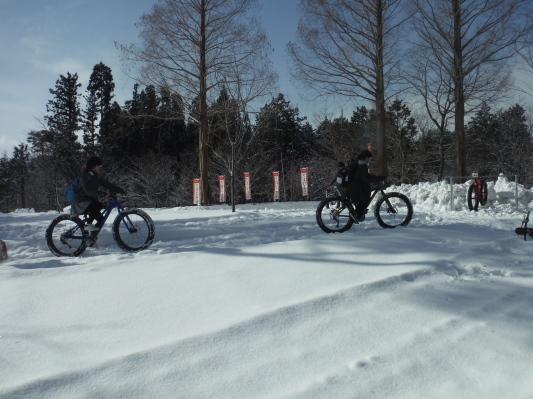 ファットバイク試乗会のお手伝いに行ってきました_c0132901_18121735.jpg