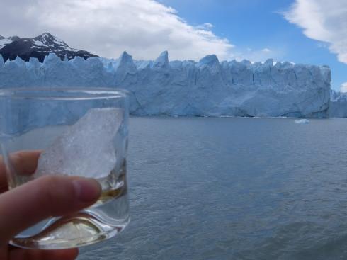 """10日目:ペリトモレノ氷河トレッキング \""""BIG ICE\""""_a0207588_19430900.jpg"""