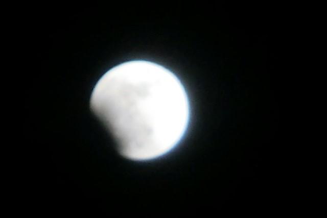 皆既日食の写真_d0181492_12291885.jpg