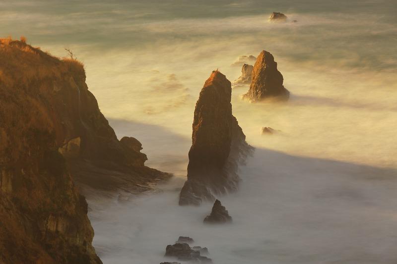 荒れる日本海_a0294534_21313036.jpg