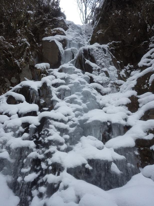四王寺の滝と行者の滝_e0164643_09553890.jpg