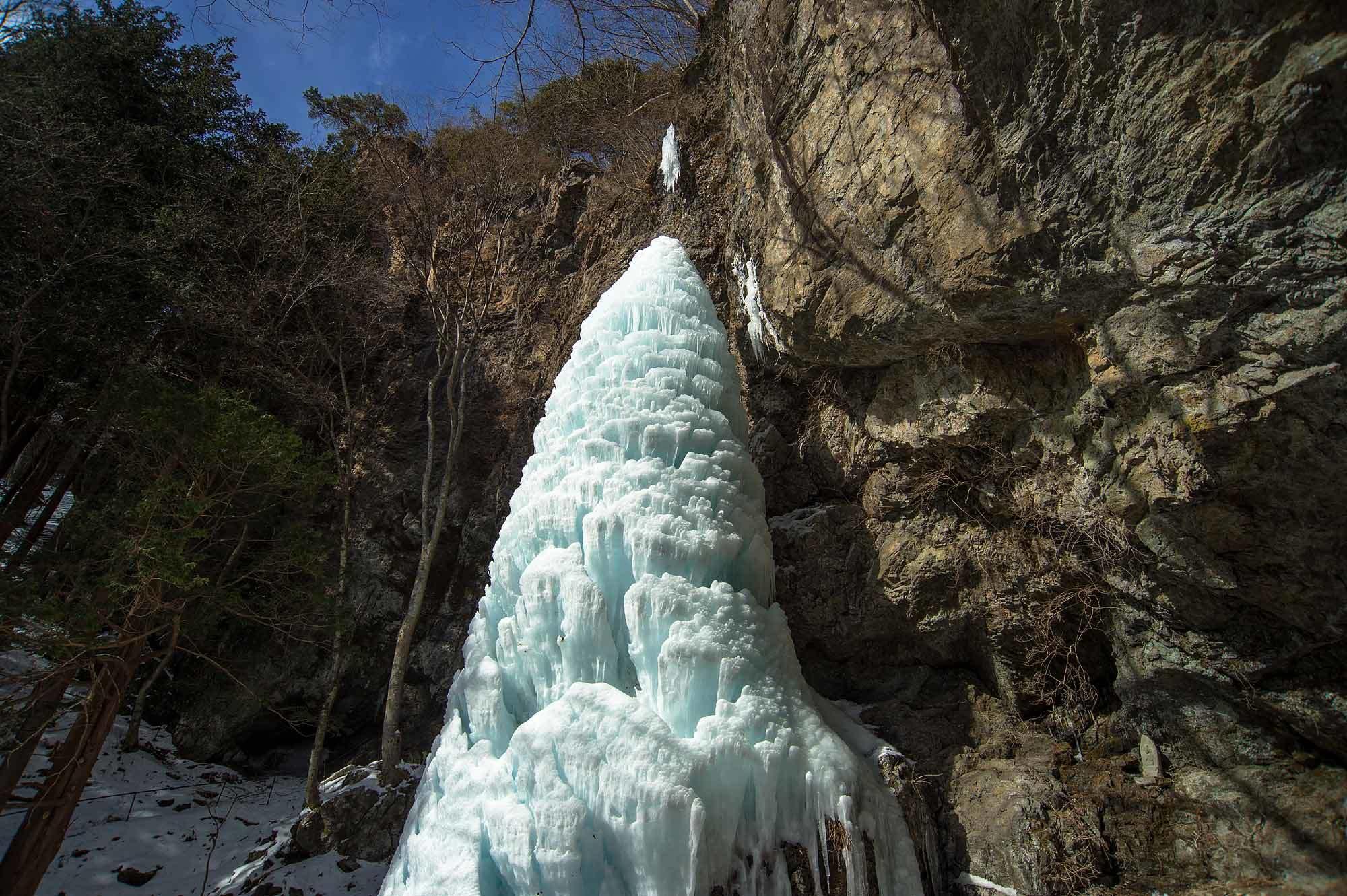 三滝山 大禅の滝氷柱_b0179231_01242019.jpg