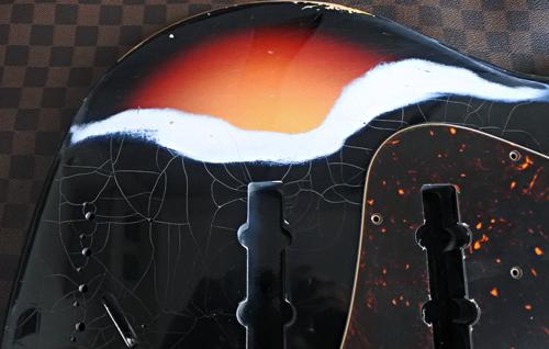 オーダーものを含むBass × 2種の塗装が完了です。_e0053731_17180875.jpg