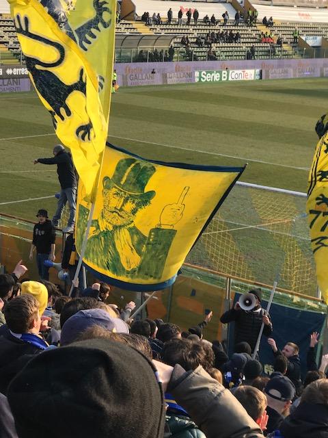 サッカー、パルマ F.C.対ノヴァーラの試合_f0172744_23275035.jpg
