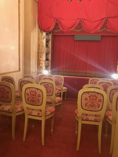 モデナのパヴァロッティ歌劇場にて。_f0172744_52942100.jpg