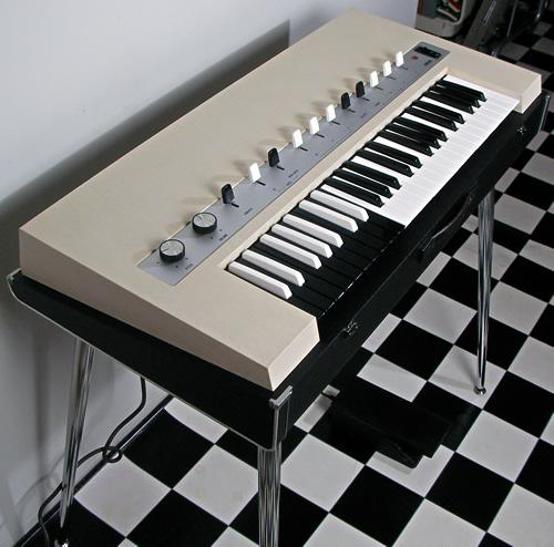 Yamaha YC-10 ivory[og067]_e0045459_22525159.jpg