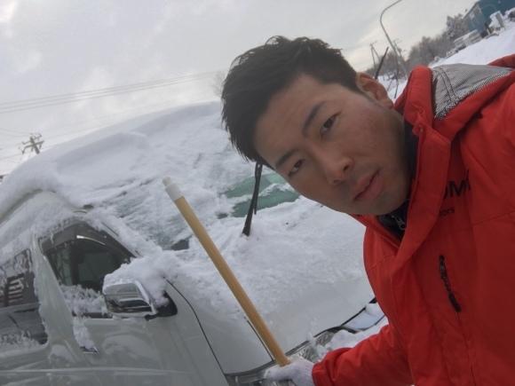 2月7日(水)トミーベース カスタムブログ☆ランクル100 クラウン ヴェルファイア ダッヂ LS460 フーガ  納車の為準備中☆_b0127002_11083195.jpg