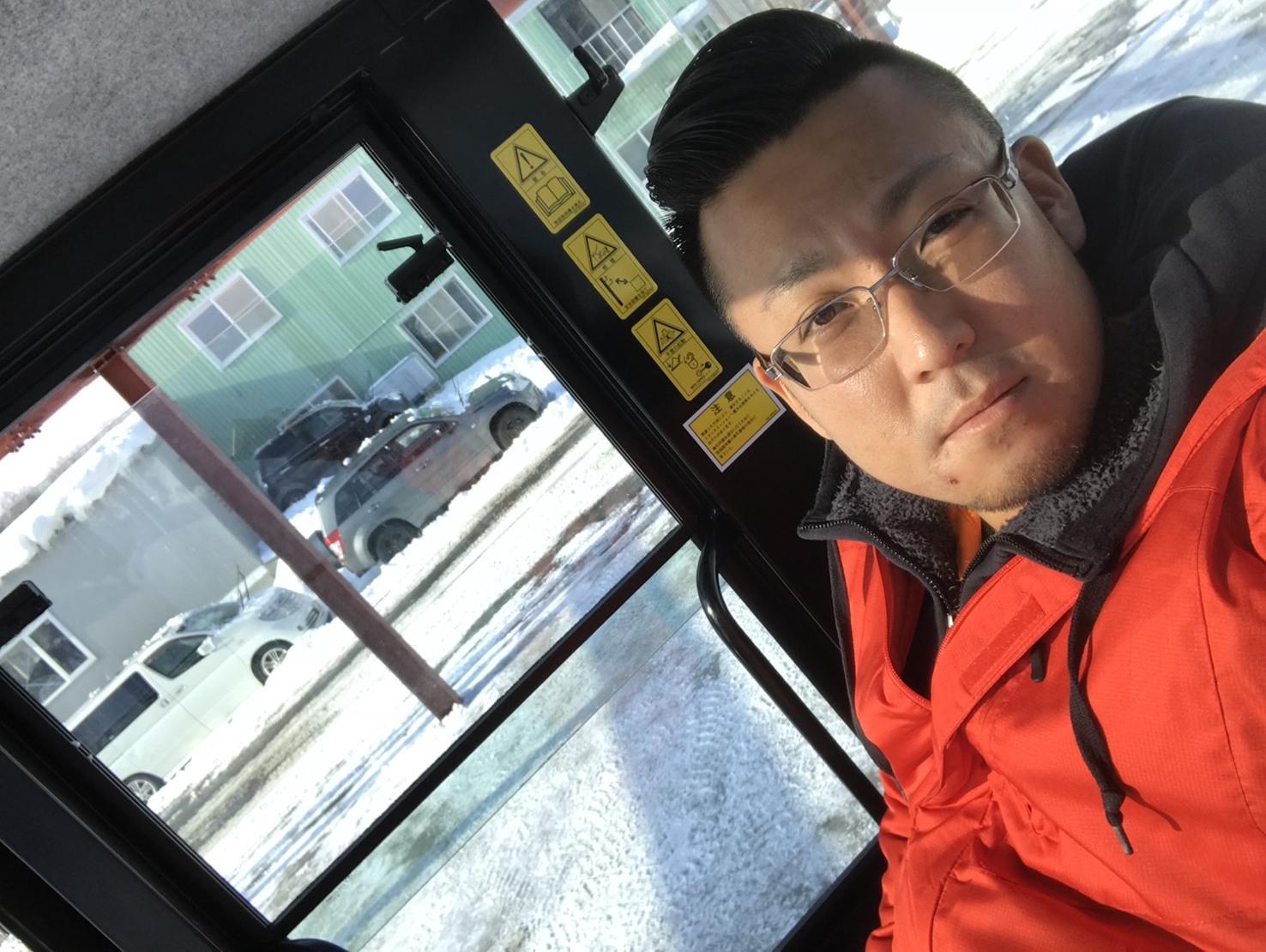 2月7日(水)トミーベース カスタムブログ☆ランクル100 クラウン ヴェルファイア ダッヂ LS460 フーガ  納車の為準備中☆_b0127002_11090506.jpg