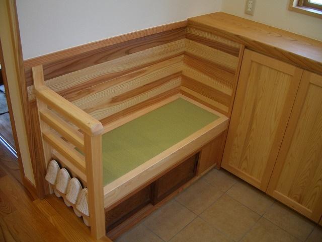 伊那市で設計事務所の家づくり 『玄関にタタミ椅子』_b0146238_07163447.jpg