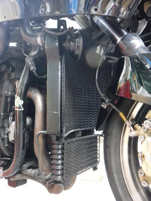 ZZR1100D ・・・冷却水漏れ。その7_a0163159_00305319.jpg
