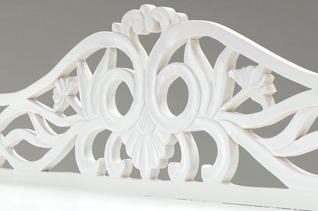 ホワイトカラーのお洒落な家具ご紹介~❤_f0029571_02172959.jpg