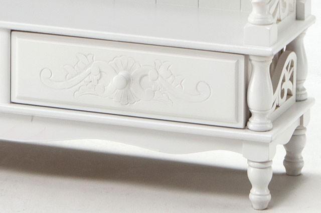 ホワイトカラーのお洒落な家具ご紹介~❤_f0029571_02191578.jpg