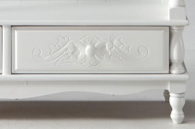 ホワイトカラーのお洒落な家具ご紹介~❤_f0029571_02194091.jpg