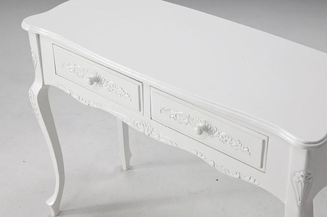 ホワイトカラーのお洒落な家具ご紹介~❤_f0029571_02341615.jpg