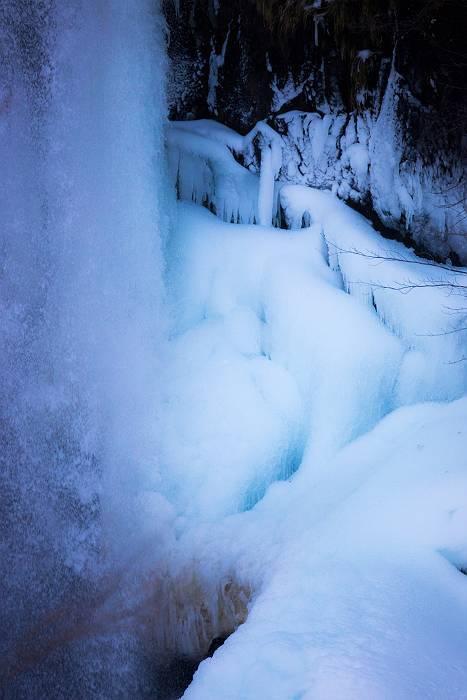 結氷、 その2_c0077395_19374348.jpg